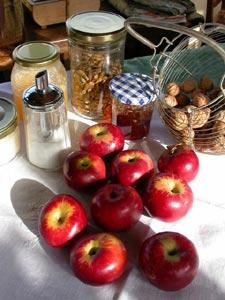 Pomme au four : un dessert simple et délicieux
