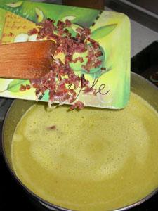 Ajout du jambon coupé en dés