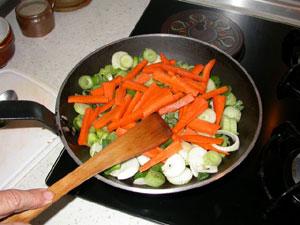 Faire revenir les légumes dans la poèle