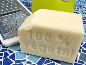 Lutter contre les pucerons avec du savon de Marseille