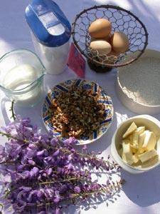 Ingrédients pour les pets de nonne aux fleurs de glycine et aux noix