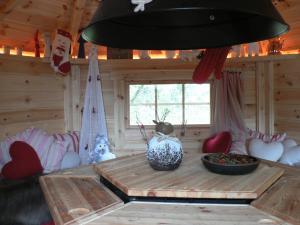 un abri de jardin o il fait bon vivre. Black Bedroom Furniture Sets. Home Design Ideas