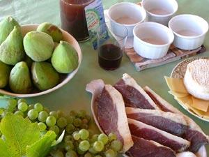 Ingrédients de l'aspic à la figue et au raisin