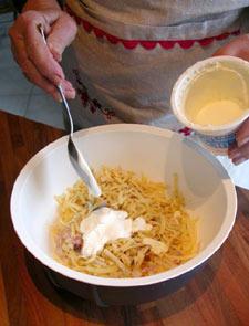 Ajouter la crème fraîche