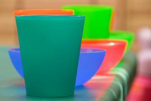 Vaisselle plastique : phtalates ?