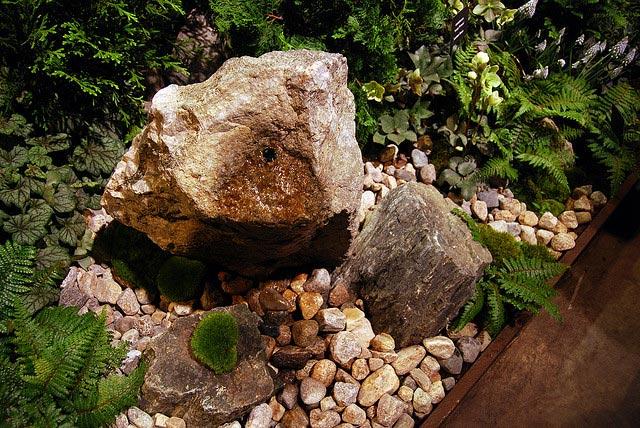 Quelle fontaine pour votre jardin for Fabriquer une fontaine interieur