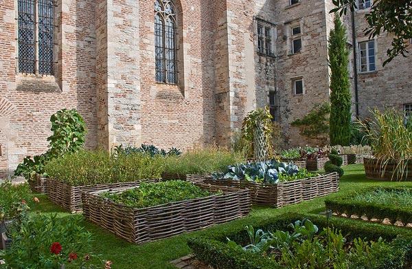 jardin m di val carr des simples hortus et plantes. Black Bedroom Furniture Sets. Home Design Ideas
