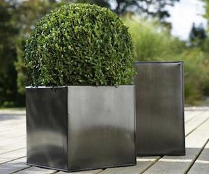 Pots carrés en zinc