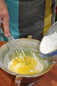 Incorporation de la farine