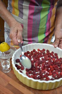 installation des fruits au fond du plat