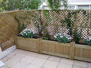 Un jardin l 39 abri des regards - Treillis bois pas cher ...