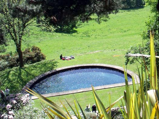 En demi lune les plus beaux bassins - Bassin rond pour poisson nimes ...