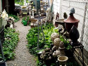 brocante objets anciens pour le jardin