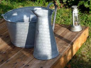 brocante objets anciens pour le jardin. Black Bedroom Furniture Sets. Home Design Ideas