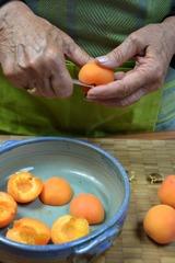 Préparation des abricots