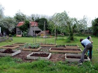 Sol pauvre comment l 39 am liorer quelles plantes - Comment faire un beau jardin potager ...