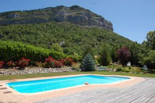 Conseils d 39 am nagement pour le bord de la piscine - Amenagement bord de piscine ...