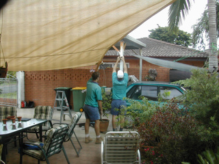 Installation d'une voile d'ombrage
