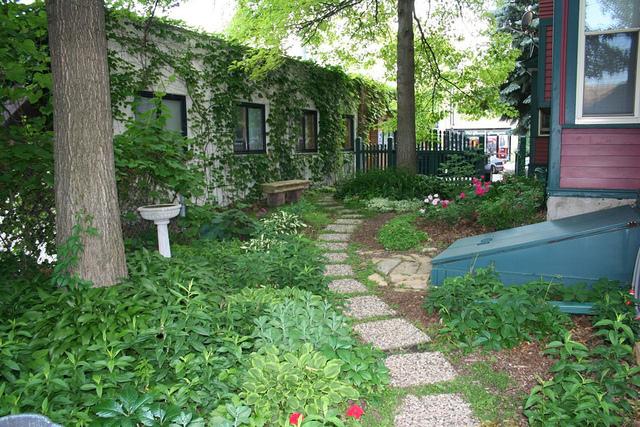 Jardiner dans les parties communes d 39 une copropri t for Entretien jardin copropriete