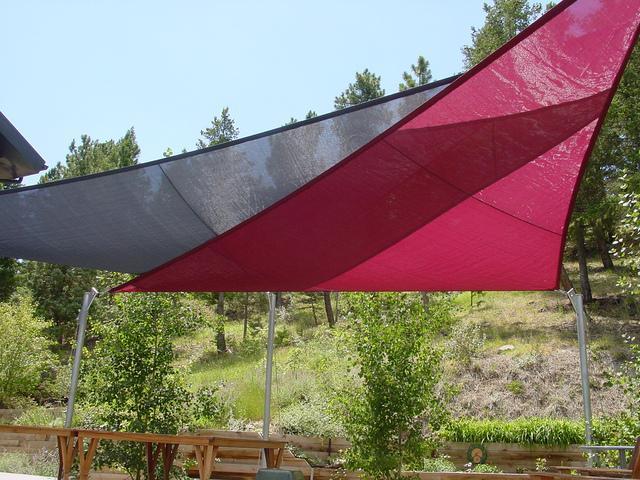 Voile d 39 ombrage conseils pour bien choisir - Comment faire de l ombre sur une terrasse ...