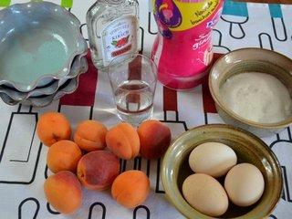 Ingrédients pour la mousse aux abricots / I.G.