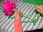 Habillage de la tige avec le papier vert