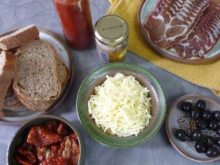 Toasts à l'italienne - ingrédients / I.G.