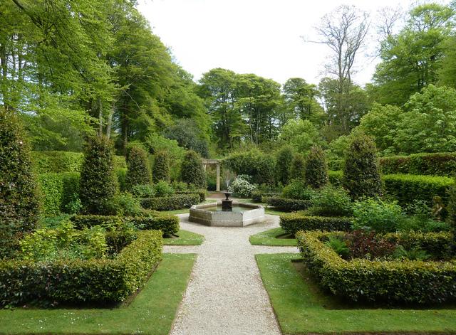 Géométrie des parterres et des allées (Un jardin à l'italienne)