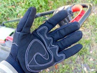 Gants de jardinage avec paume renforcée / X.G.