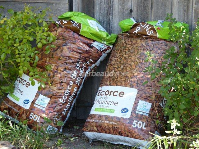 D coration jardin ecorce - Ecorce de pin auchan ...