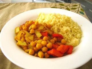 Couscous : semoule de blé et pois chiches