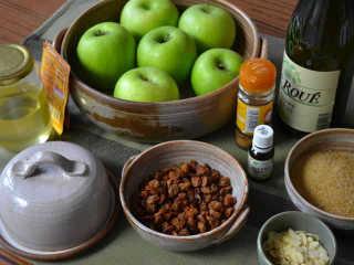 Ingrédients pour les pommes caramélisées / I.G.