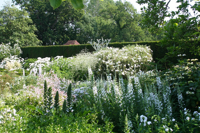 Jardins anglais tout - Table jardin romantique fort de france ...