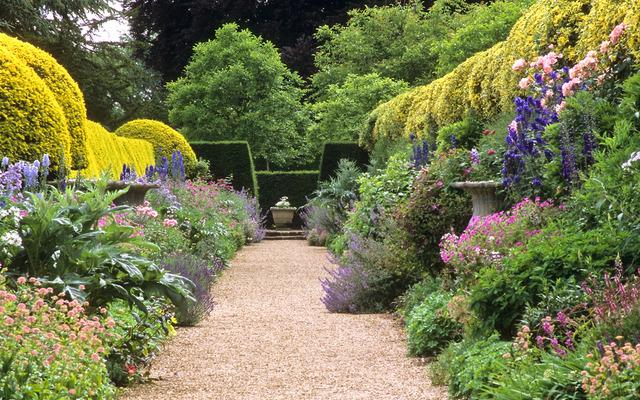 All e bord e de mixed borders fleuris jardins anglais for Jardin anglais mixed border
