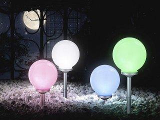Boules lumineuses LED à planter