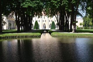 Abbaye de Royaumont et son bassin / Clémentine Desfemmes