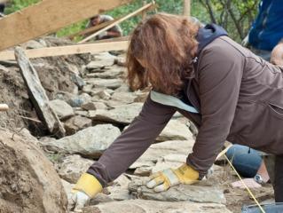 Monter un muret en pierre sèche