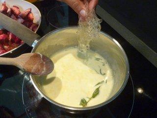 Gélatine dans la crème infusée / X.G.