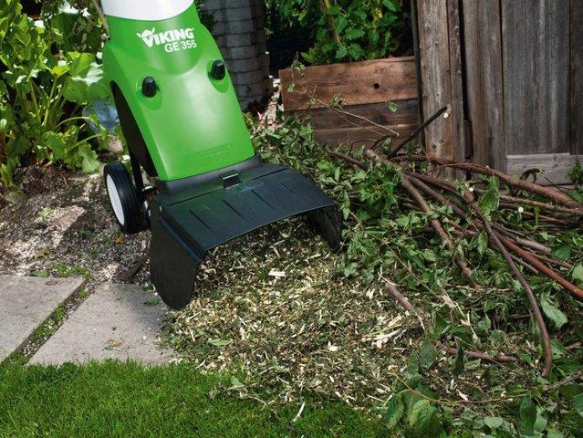 Utiliser le broyeur de végétaux pour alimenter son compost