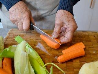 Découpe des carottes / I.G.