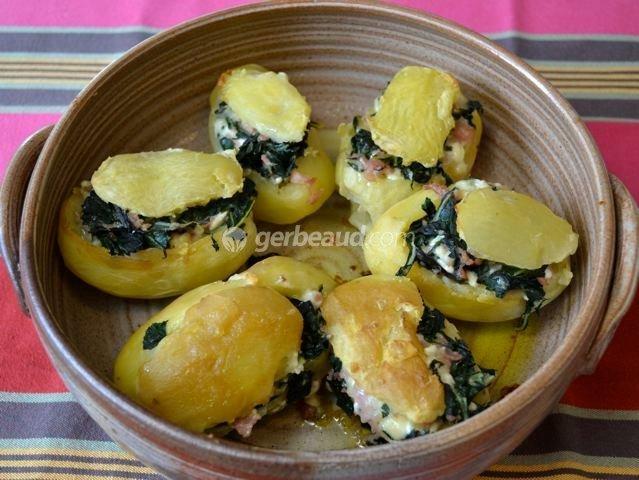 Pommes de terre farcies au vert de blette et au chèvre