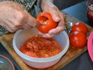 Préparation des tomates / I.G.