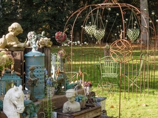 Domaine de Chantilly - stand brocante