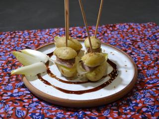 Pinchos aiguillettes canard et pomme de terre