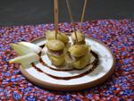 Pinchos de pommes de terre et aiguillettes de canard