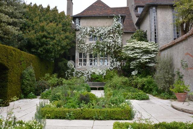 Jardin blanc (Jardins et parc du Bois des Moutiers)