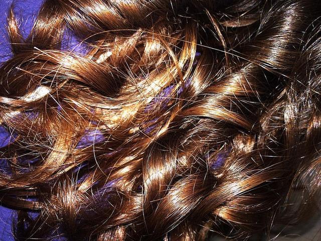 Cheveux brillants après un soin nourrissant