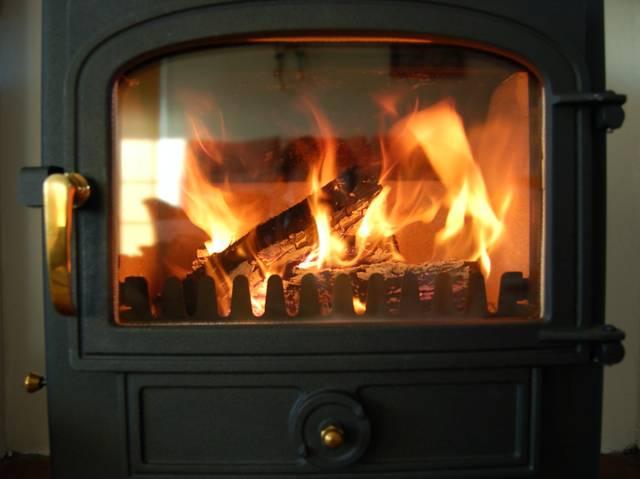 Les différentes solutions pour se chauffer au bois